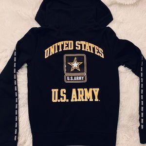 ❄️NEW ARMY SWEATER❄️